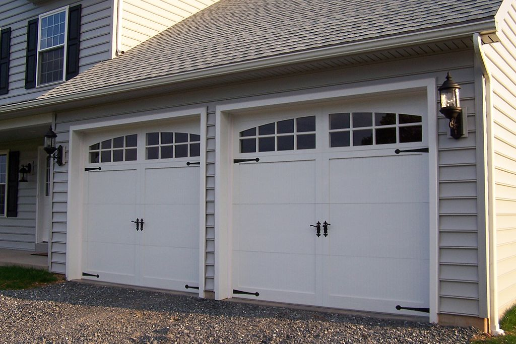 Garage Doors Installation And Effect On Curb Appeal Usi Building