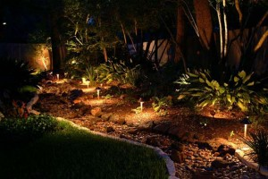 Low-Voltage-Outdoor-Lighting